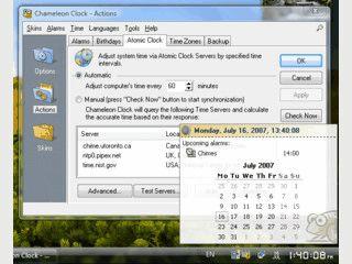 Uhr für den Desktop deren Design sich durch Bitmaps und Skins verändern läßt.
