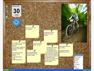 Virtuelle Desktop Pinwand mit Notizzetteln, Kalender und Uhr uvm.