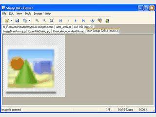 Durchsucht EXE und DLLs nach Bilddateien und kann diese extrahieren.