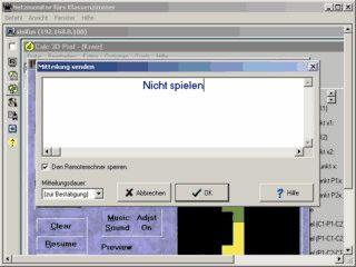 Sehen Sie alle Bildschirme des Klassenraums vom Rechner des Lehrers aus.